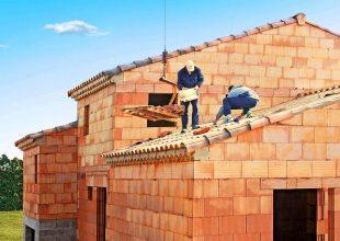Thumbnail for the post titled: Réparer votre toiture après une tempête